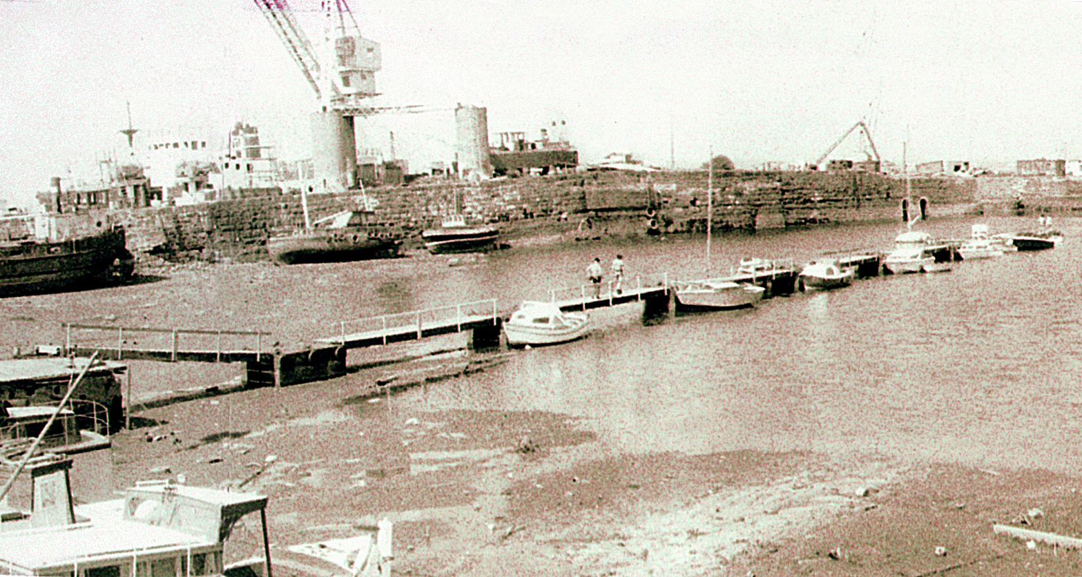 Built by TCC in 1976 the first pontoon in the inner harbour accessed 'The Hole'