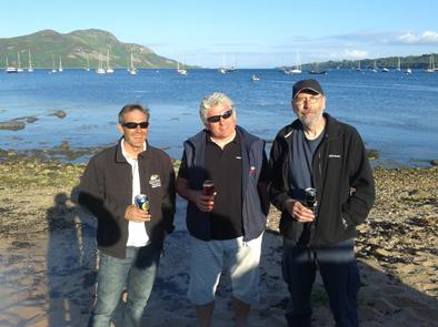 Racing skippers enjoying a beer